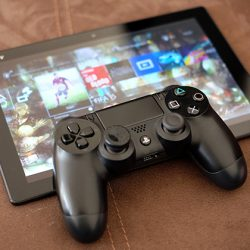 Sony Xperia Z4 Tablet with PlayStation 4.