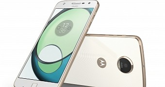 Moto z play in europe to receive nougat update later this month
