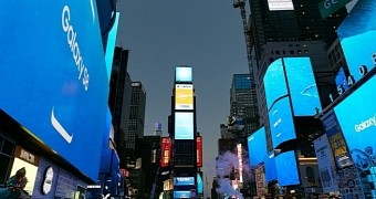 Samsung marks galaxy s8 debut in new york city s time square