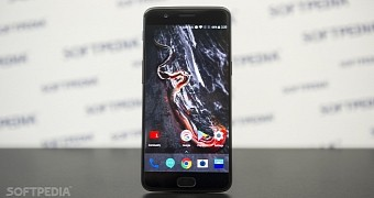 Some oneplus 5 units reboot when dialing 911 video
