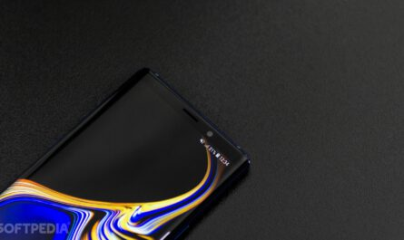 You may not be able to use a screen protector on the samsung galaxy s10 524607 2