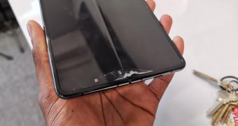 , Samsung's $2000 Galaxy Fold Breaks Down After Just 2 Days
