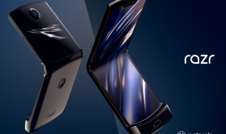Some lucky users are about to get the moto razr 2019 two weeks early