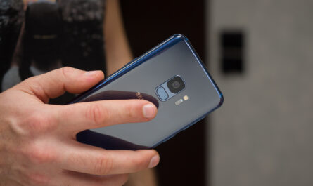 1582613230 t mobile rolls out samsung galaxy s9s9 android 10 update