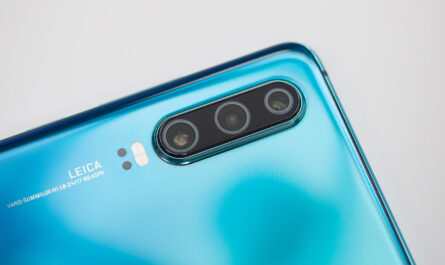 Huawei xiaomi and oppo confirm plans to attend mwc as scheduled unlike lg and sony