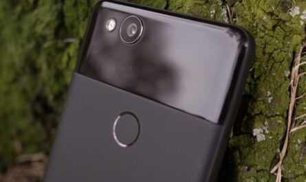 Some google pixel 2 users havent been able to use the rear camera on their phones
