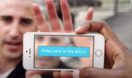 Aclus app captures police misconduct even if they smash your phone