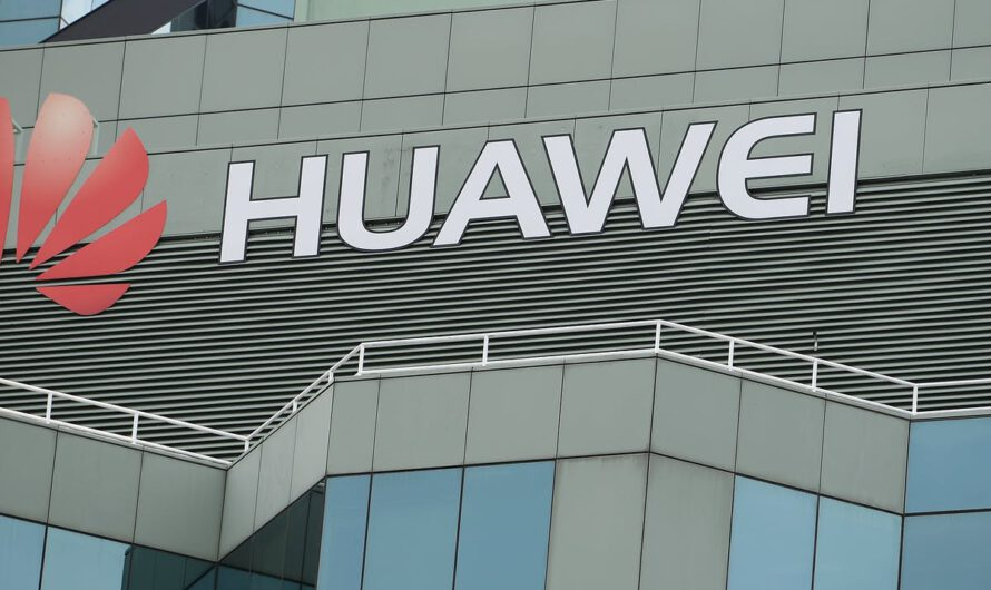 Huawei Is Working with Chinese Military, US DoD Reportedly Claims