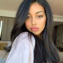 What ethnicity is cindy kimberly